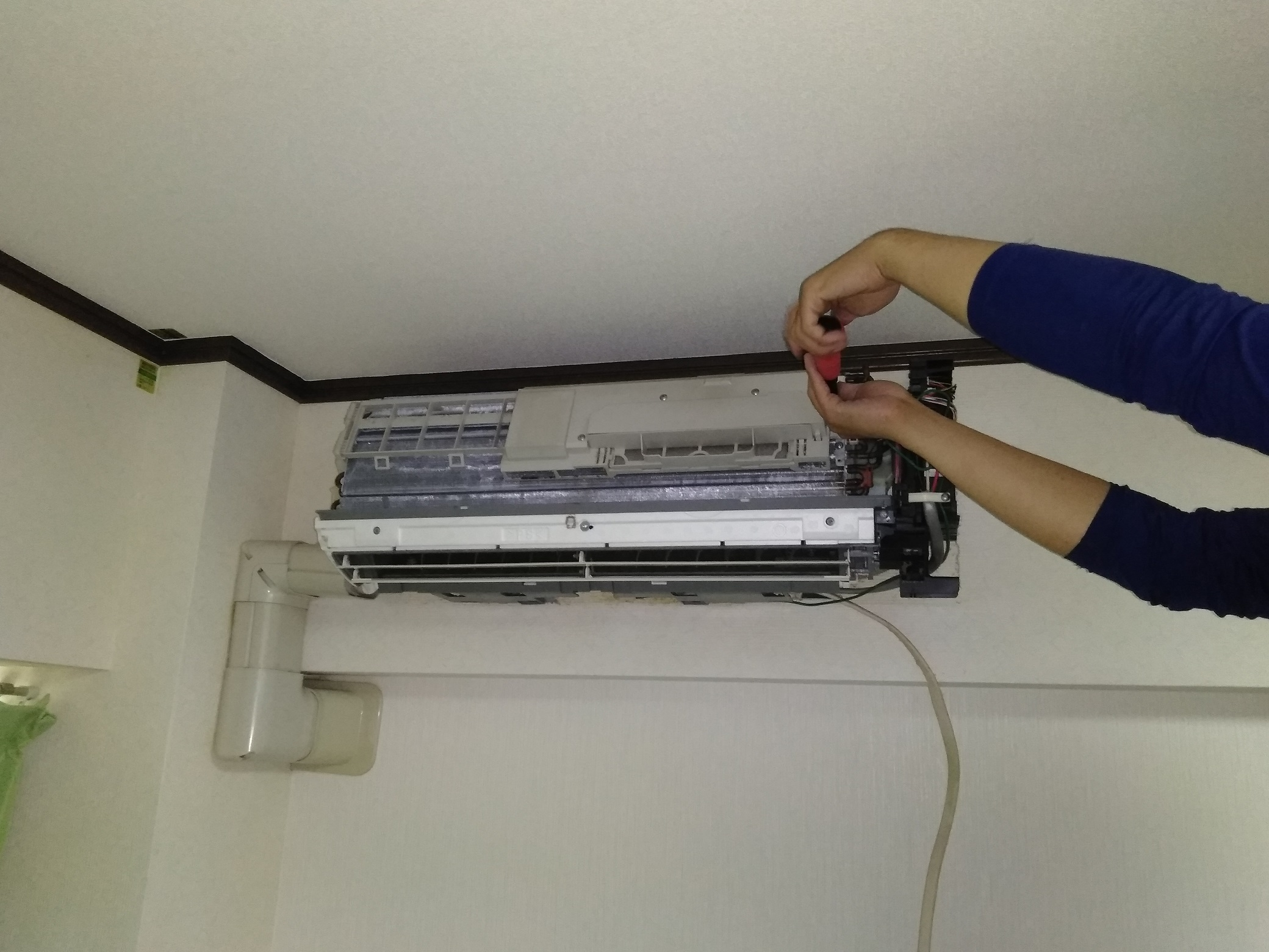 エアコン(家庭用壁掛けタイプ)クリーニング